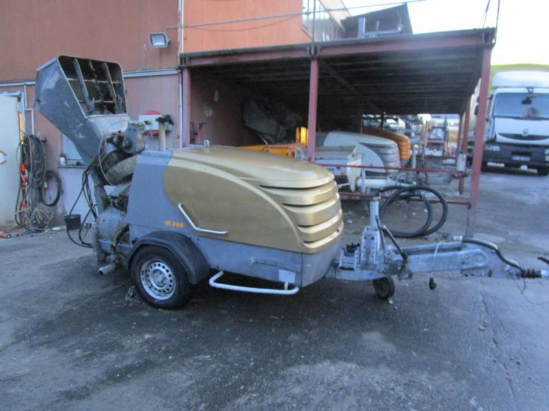 M 760 DHBS mit Beschicker und Schrapper